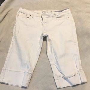 White Old Navy Capri jeans, low waist, sz 12